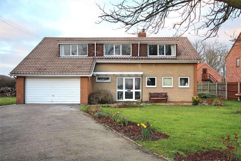 4 Bedrooms Detached House for sale in Main Street, Norton Disney, LN6