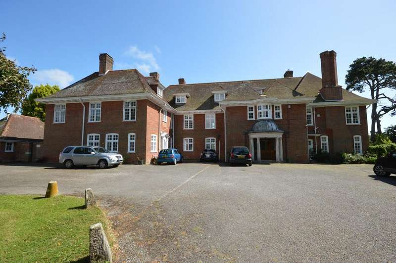 4 Bedrooms Semi Detached House for sale in Linnies Lane, Sway