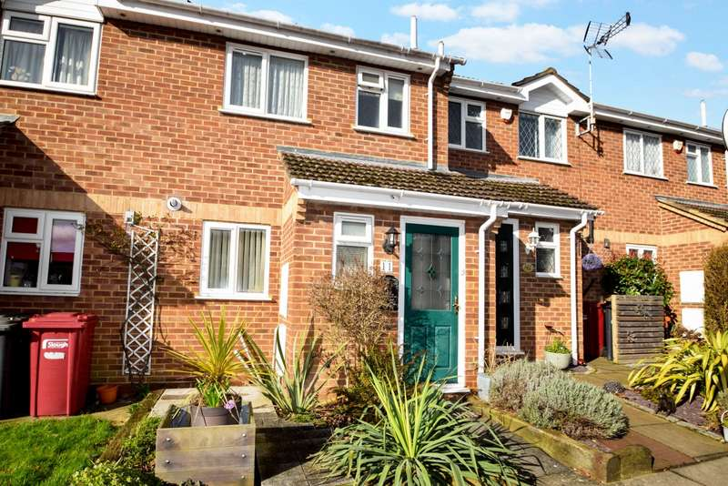 2 Bedrooms Terraced House for sale in Averil Court, Taplow, SL6