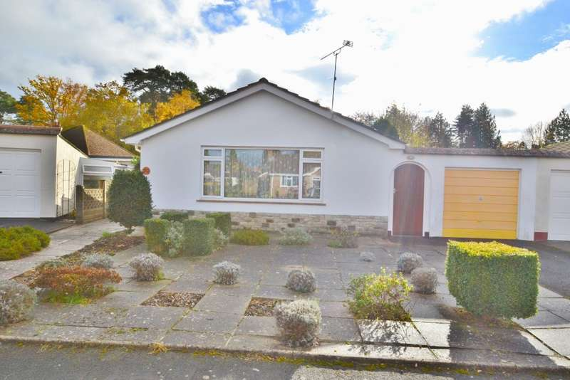2 Bedrooms Bungalow for sale in West Moors
