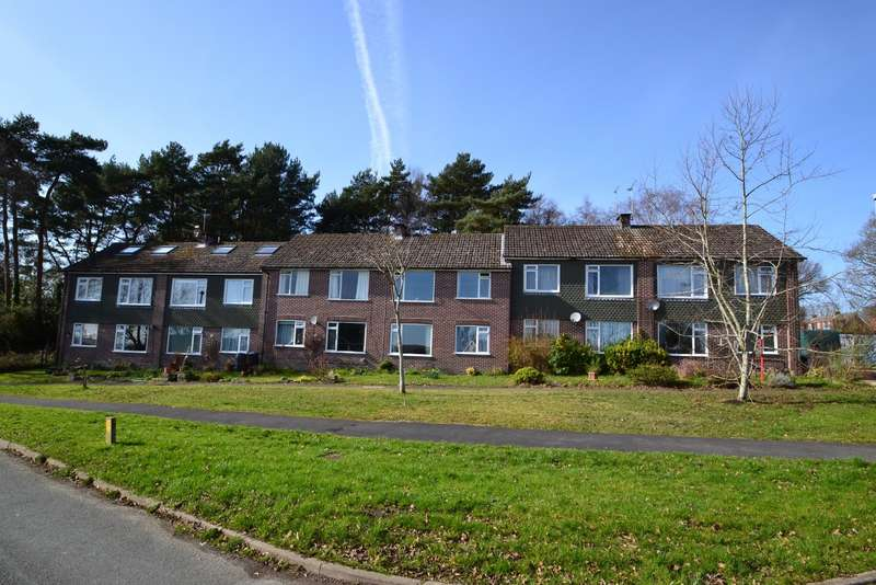 1 Bedroom Flat for sale in Colehill