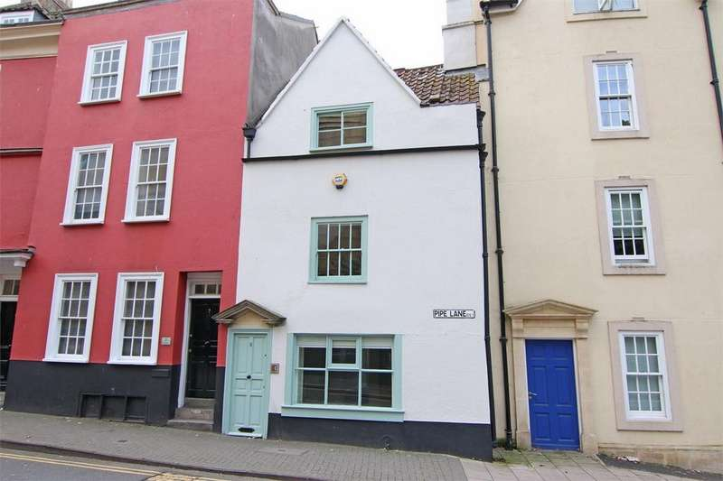 2 Bedrooms Terraced House for sale in Pipe Lane, St Augustines, Bristol