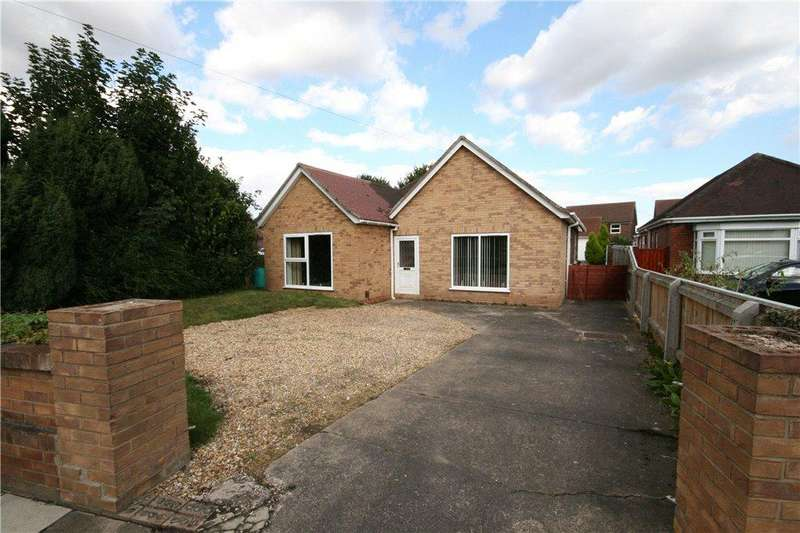 4 Bedrooms Detached Bungalow for sale in Little Coates Road, Grimsby, DN34