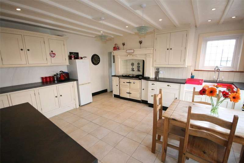 5 Bedrooms Semi Detached House for sale in Thoresby Road, Tetney, DN36