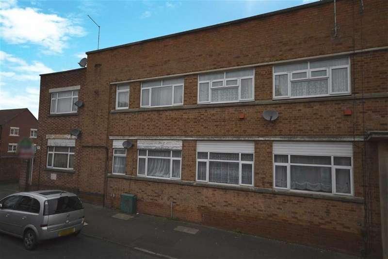 1 Bedroom Flat for sale in Woodlands Court, Wood Street, Kettering