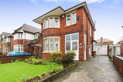 3 Bedrooms Detached House for sale in St. Walburgas Road, Blackpool, Lancashire, England, FY3