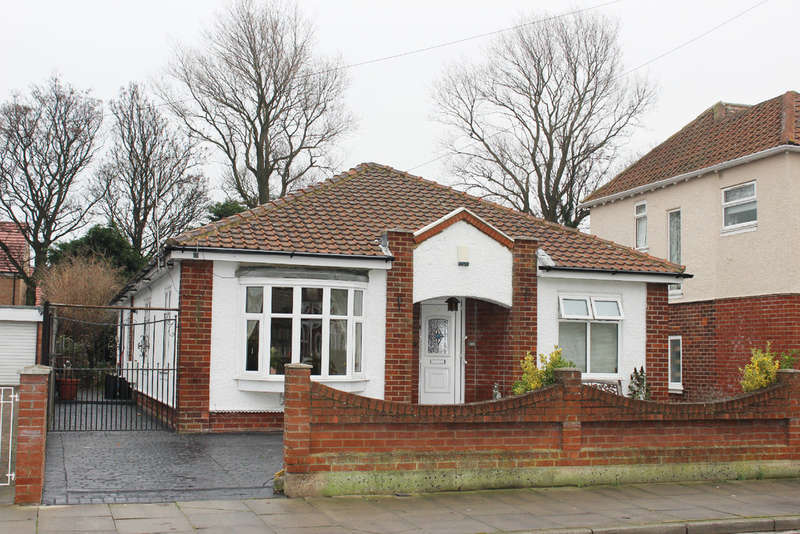 3 Bedrooms Detached Bungalow for sale in Caledonian Road, Hartlepool
