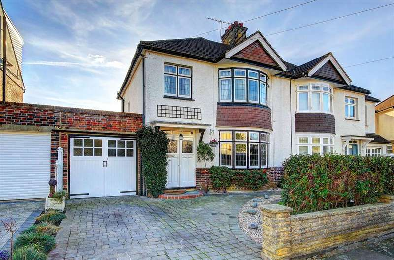 3 Bedrooms Semi Detached House for sale in Poulett Gardens, Twickenham, TW1