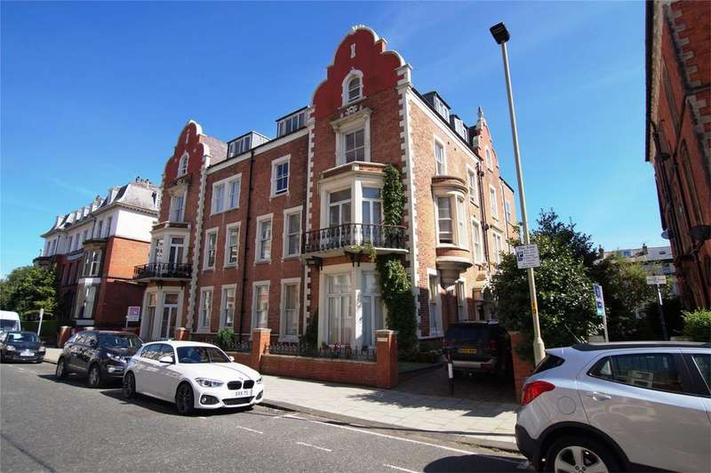 2 Bedrooms Flat for sale in 34-35 Prince of Wales Terrace, Scarborough
