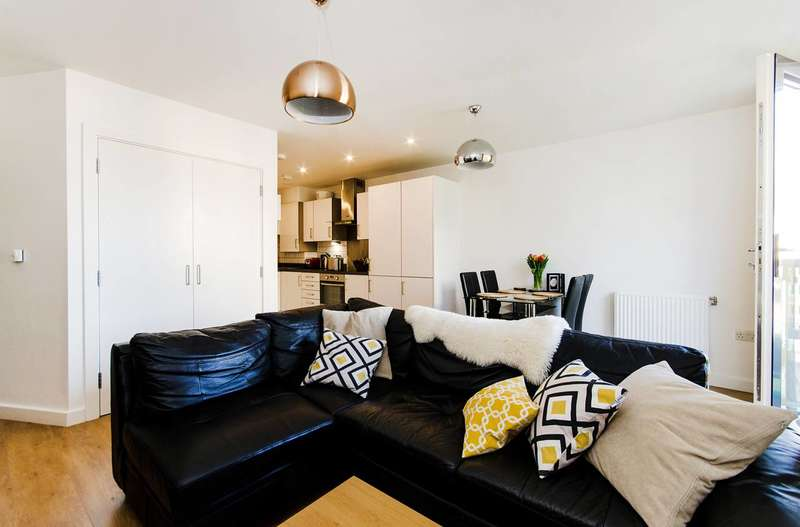 1 Bedroom Flat for sale in Canning Road, Harrow Weald, HA3