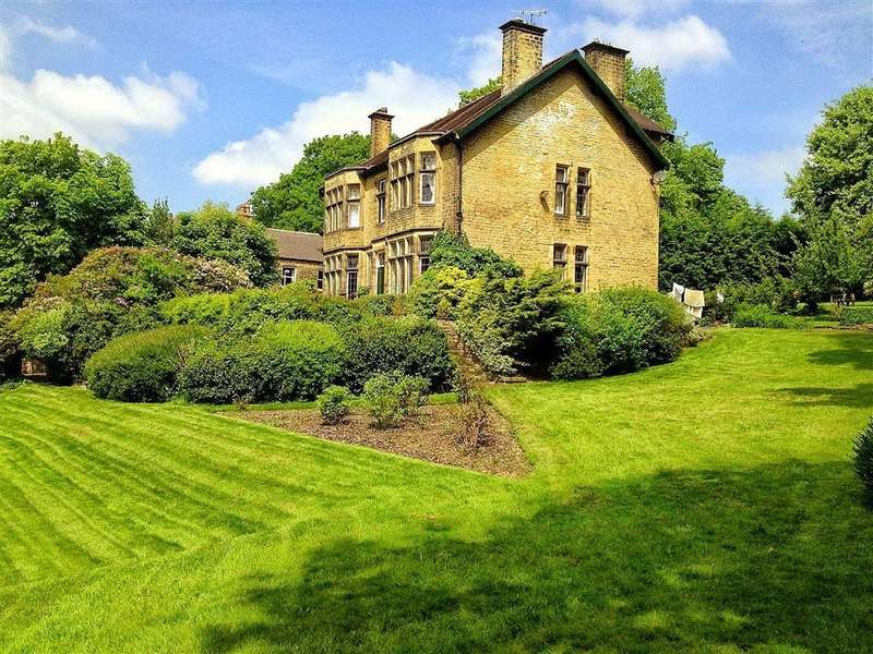6 Bedrooms Detached House for sale in Brockholes Lane, Brockholes, HOLMFIRTH, West Yorkshire, HD9