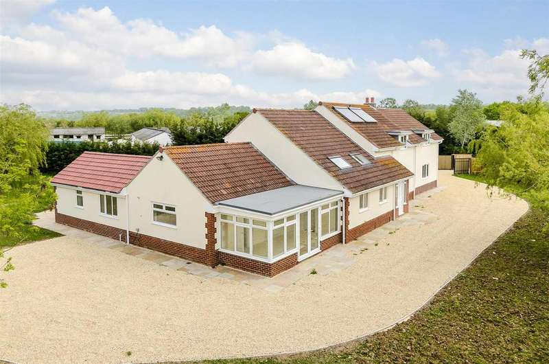 7 Bedrooms Detached House for sale in Buckhorn Weston, Somerset