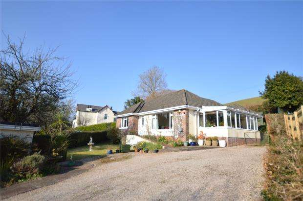3 Bedrooms Detached Bungalow for sale in Totnes Road, Newton Abbot, Devon