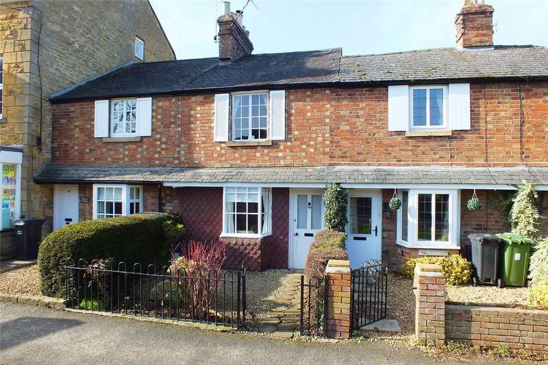 2 Bedrooms Terraced House for sale in Leamington Road, Broadway, Worcestershire, WR12