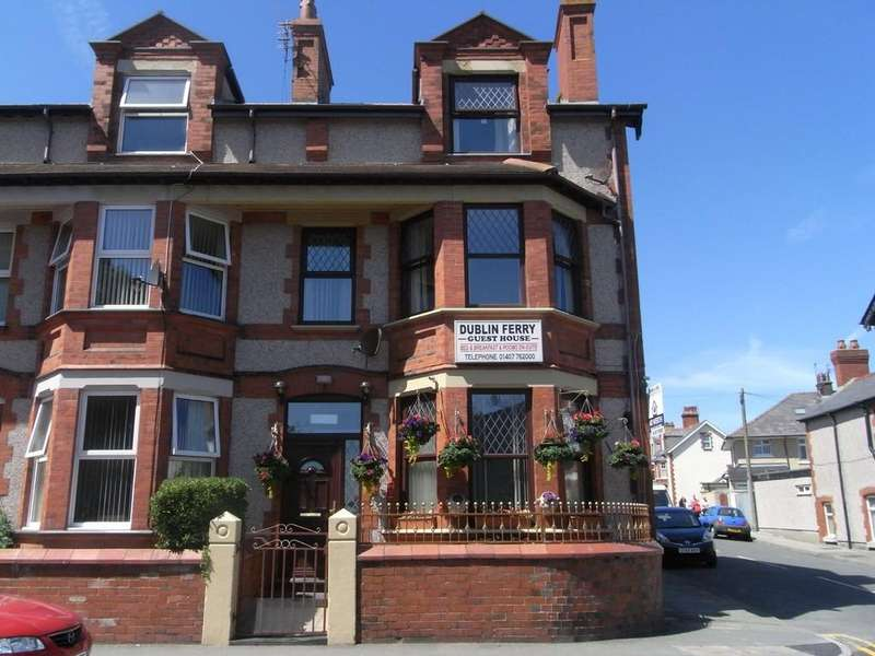 5 Bedrooms Terraced House for sale in Newry Street, Holyhead, North Wales