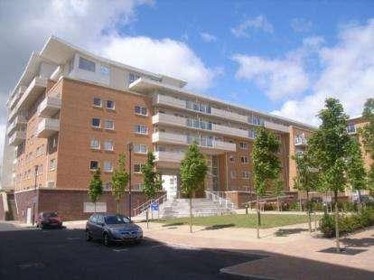 1 Bedroom Flat for sale in Hansen Court, Heol Glan Rheidol, Century Wharf, Cardiff Bay