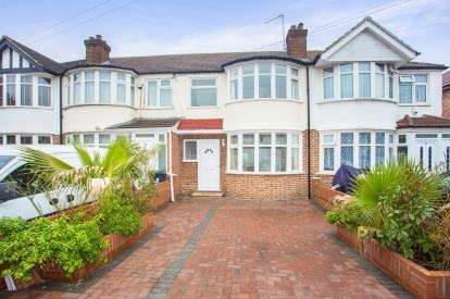 3 Bedrooms Terraced House for sale in Woodhouse Close, Perivale, Greenford