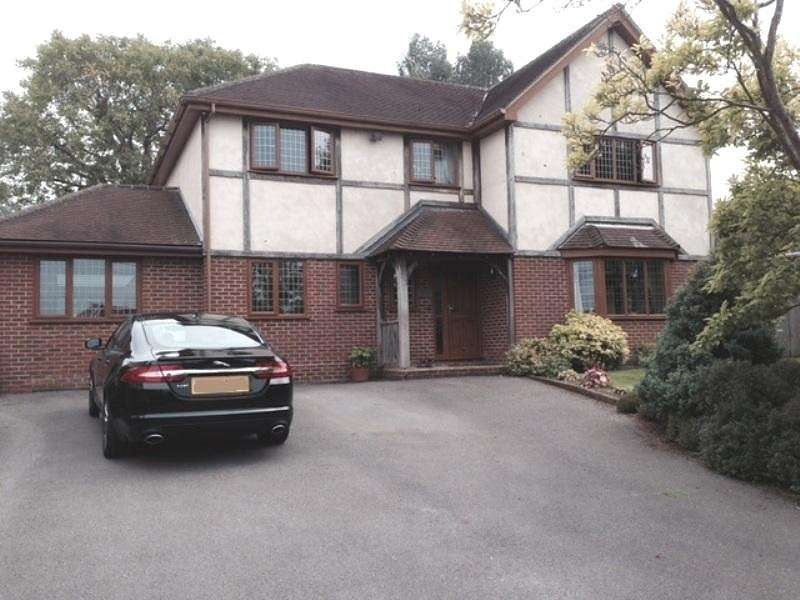 4 Bedrooms Detached House for sale in Burnetts Lane, Horton Heath, Eastleigh, SO50
