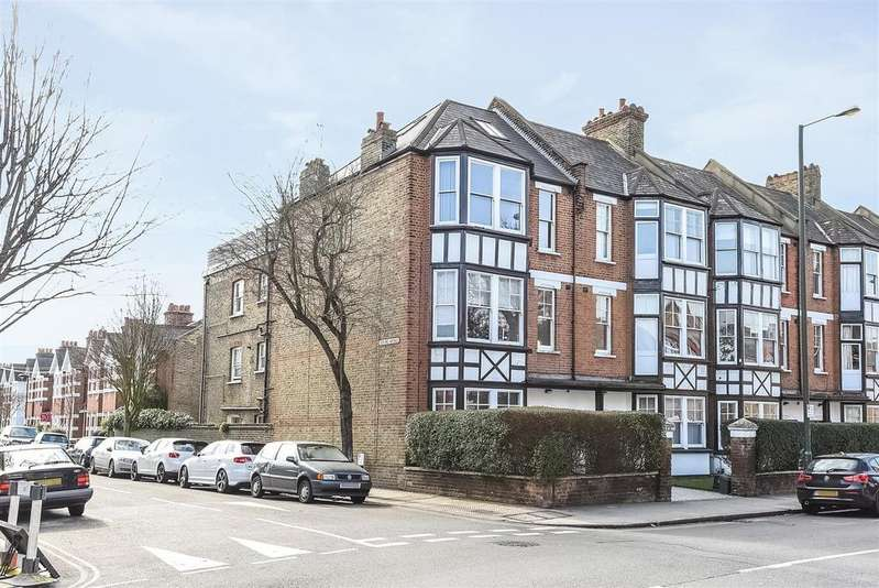 2 Bedrooms Flat for sale in Cowley Mansions, Mortlake