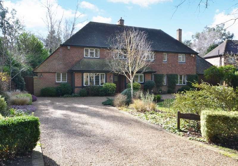 4 Bedrooms Detached House for sale in Burwood Park