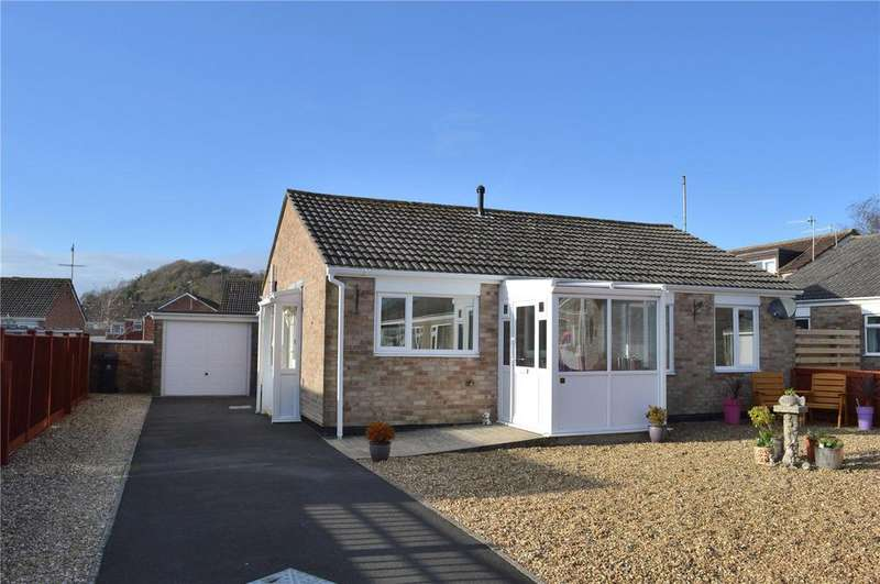 2 Bedrooms Detached Bungalow for sale in White Close, Bridport, Dorset