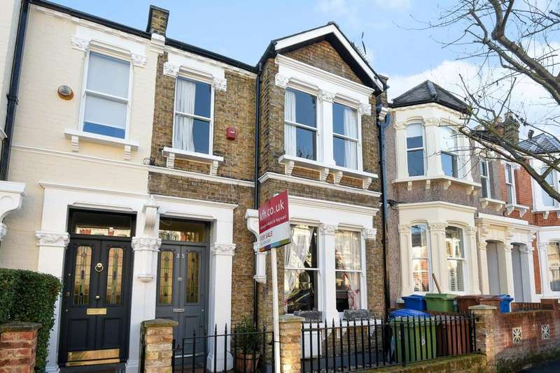 4 Bedrooms Terraced House for sale in Harlescott Road, Upper Nunhead, SE15