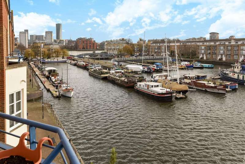 4 Bedrooms Flat for sale in Finland Street, Surrey Quays, SE16