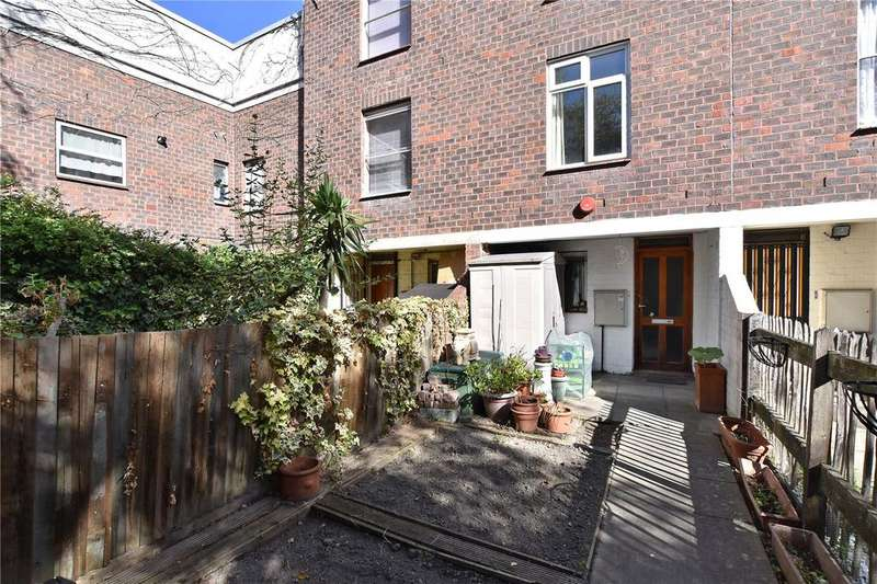 3 Bedrooms Terraced House for sale in Sewardstone Road, London, E2