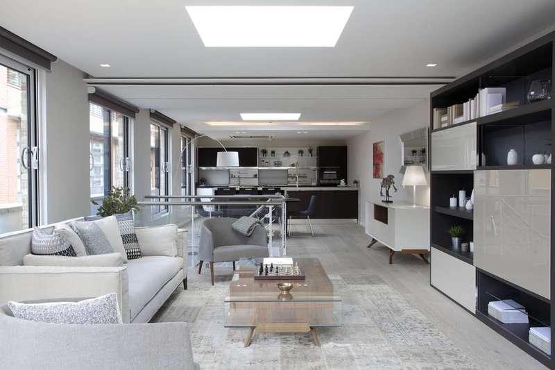 3 Bedrooms Flat for sale in Stukeley Street, Covent Garden, WC2B