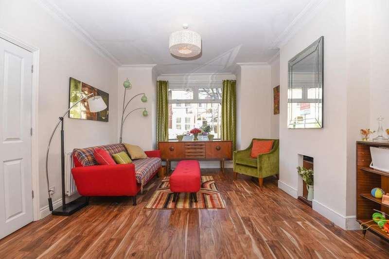 5 Bedrooms Terraced House for sale in Trevelyan Road, Tooting, SW17