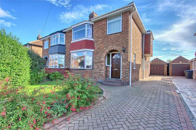 4 Bedrooms Semi Detached House for sale in Minsterley Drive, Acklam