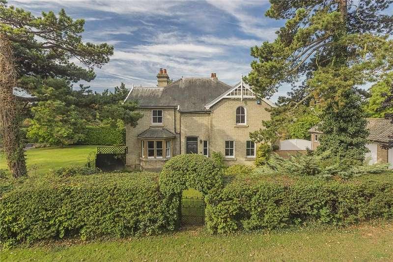 5 Bedrooms Detached House for sale in Woodside, Longstanton, Cambridge, CB24