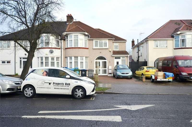 5 Bedrooms Semi Detached House for sale in East Lane, Wembley, Greater London