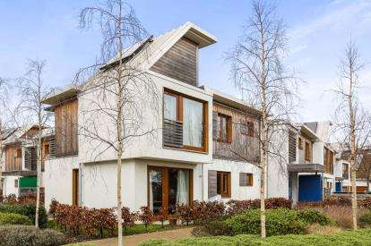 2 Bedrooms Flat for sale in Hartington Place, Letchworth Garden City, Hertfordshire