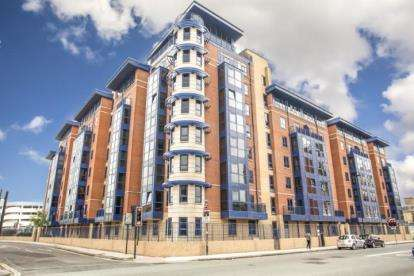 3 Bedrooms Flat for sale in Canute Road, Southampton, Hampshire