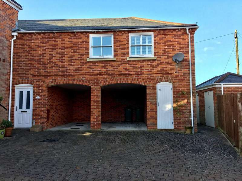 2 Bedrooms Semi Detached House for sale in New Inn Court, Sarisbury Green