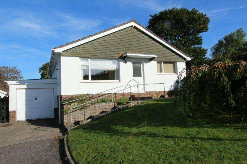 2 Bedrooms Detached Bungalow for sale in TIPTON ST JOHN