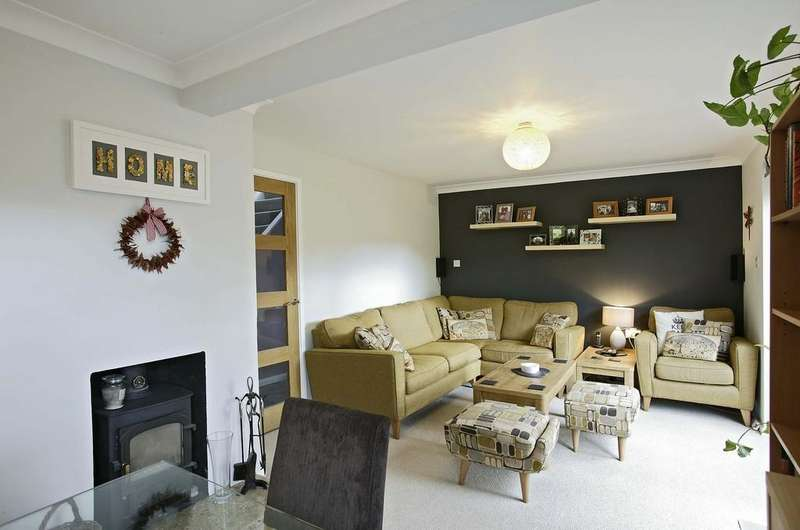 5 Bedrooms Detached House for sale in Eaton