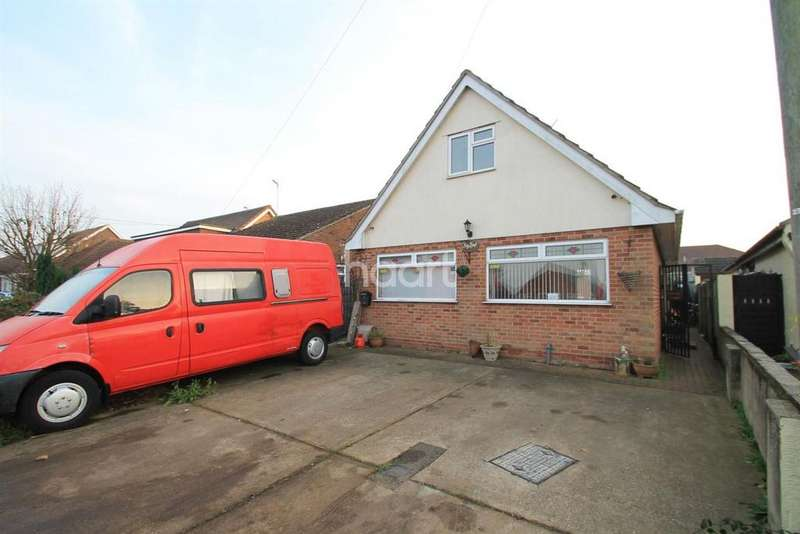 4 Bedrooms Detached House for sale in Point Clear
