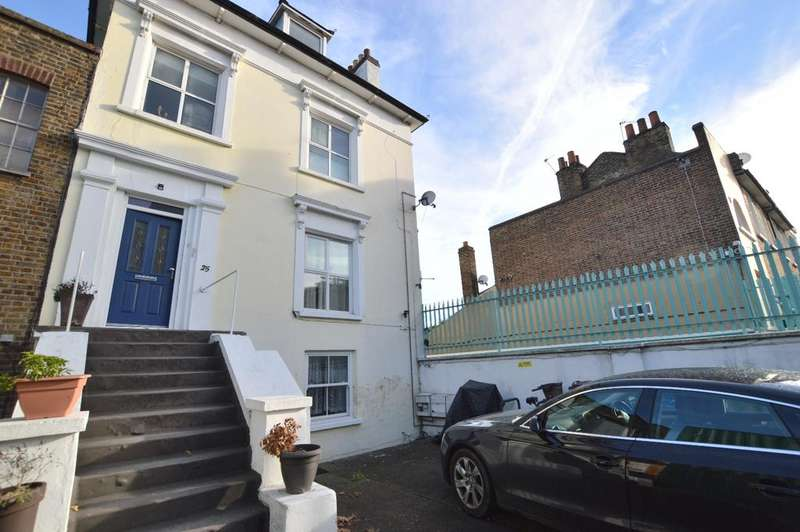 1 Bedroom Flat for sale in Gordon Road Peckham SE15