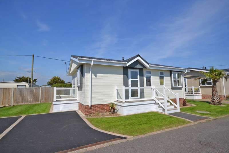 2 Bedrooms Park Home Mobile Home for sale in Pebble Beach Park, Warner Lane, Selsey, PO20