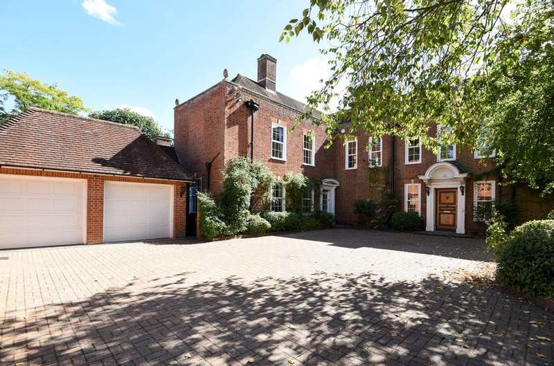 6 Bedrooms Detached House for sale in Kemnal Road Chislehurst BR7