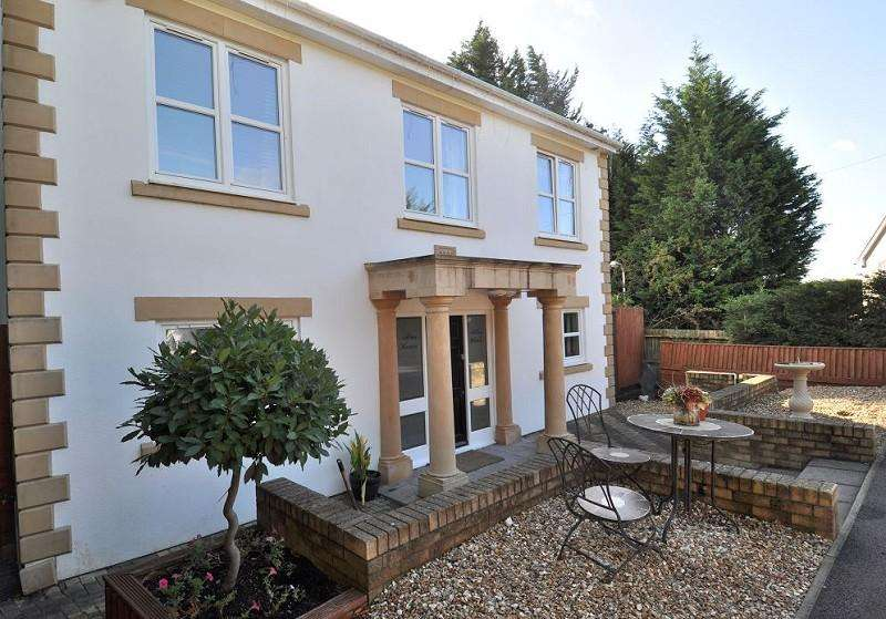 5 Bedrooms Detached House for sale in Altus House, Pencoedtre Lane, Barry, Vale of Glam. CF63 1QF