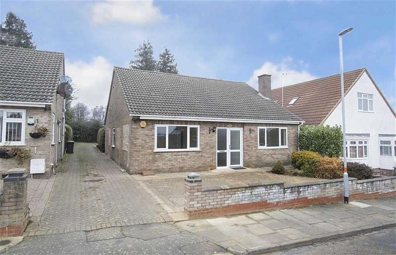 3 Bedrooms Detached Bungalow for sale in St Marys Road, Kettering