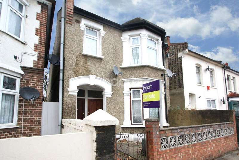 2 Bedrooms Flat for sale in Neville Road