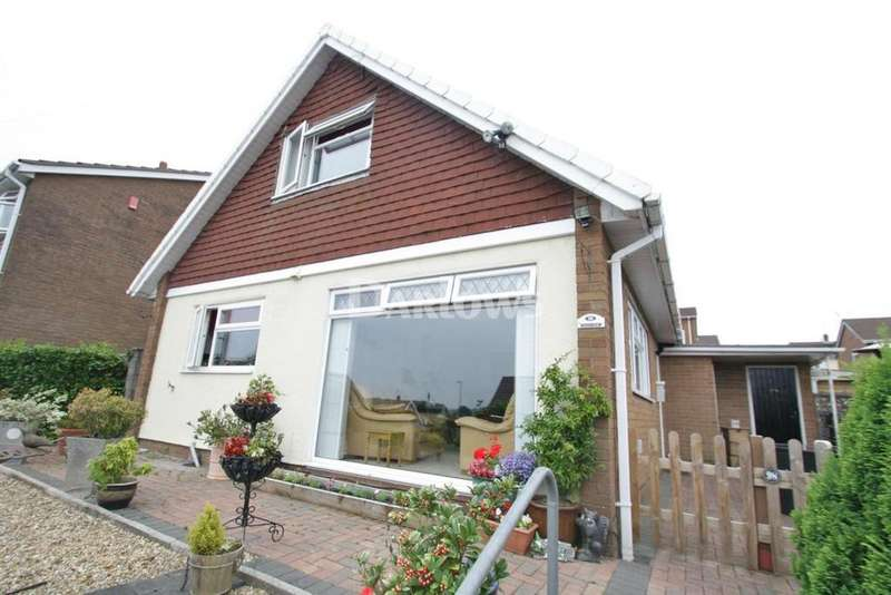 3 Bedrooms Detached House for sale in Golf Road, New Inn,