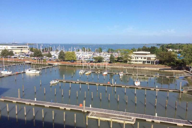 3 Bedrooms Flat for sale in Marina Heights, Victory Pier, Gillingham