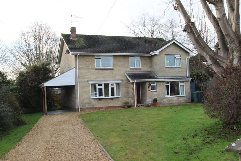 4 Bedrooms Detached House for sale in Wykeham Close, Binstead, Isle Of Wight