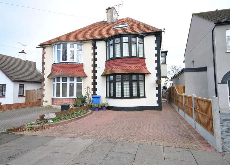 4 Bedrooms Semi Detached House for sale in Scarborough Drive, Leigh-on-Sea