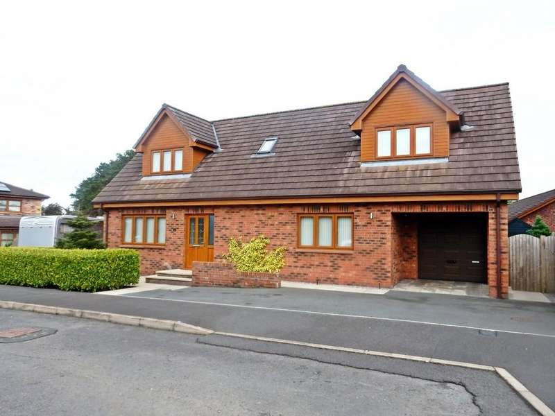 3 Bedrooms Detached House for sale in Milburn Drive, Gretna